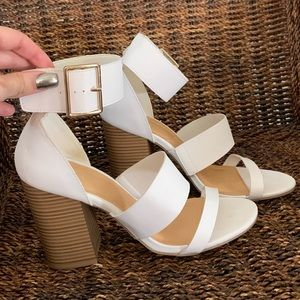 WHITE HEELS SIZE 9 NEW WOT